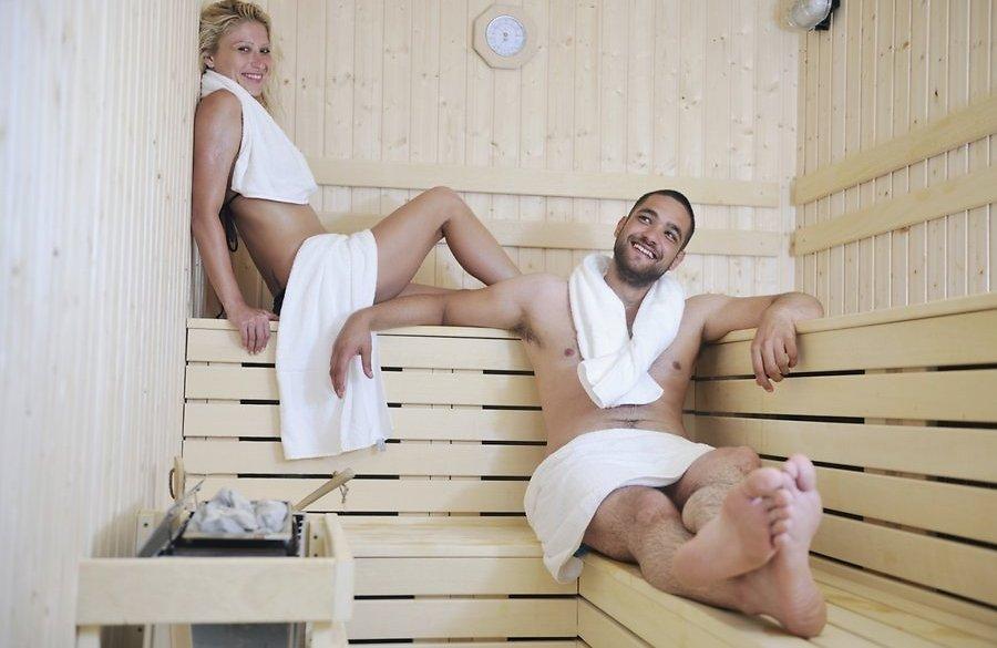 Фото парочек в бане 26 фотография